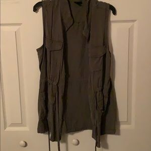 olive army vest